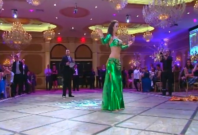 Laura Bellydance Wedding Drum Solo - New York
